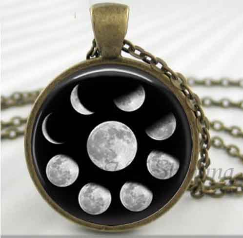 moon pendant bronze